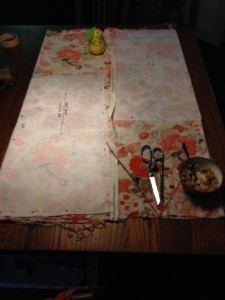 determined to cut a skirt from not-enough linen print fabric