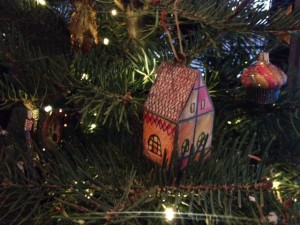 Home Sweet Home Paper Ornaments from Taproot.