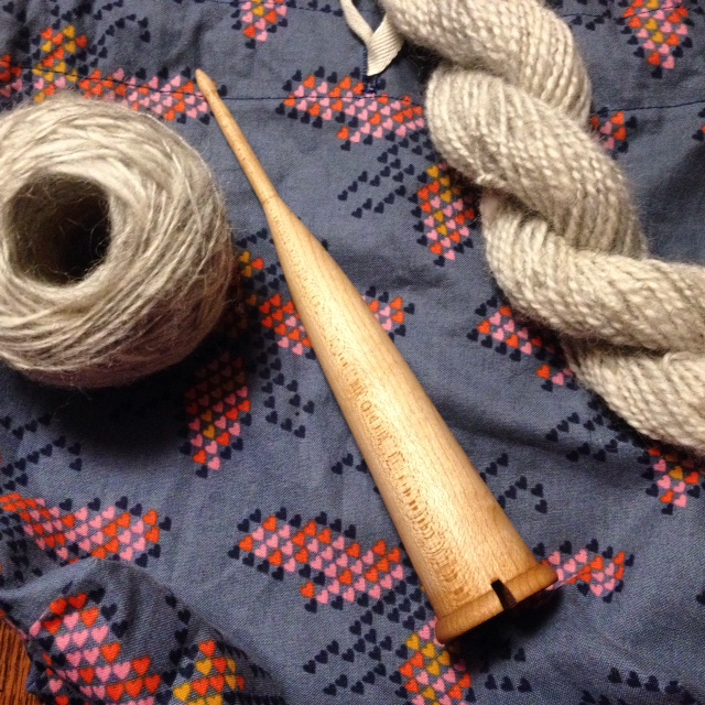 I've been spinning Shetland fleece on this Scottish spindle called a dealgan. Click photo for a link to a short video on Instagram.